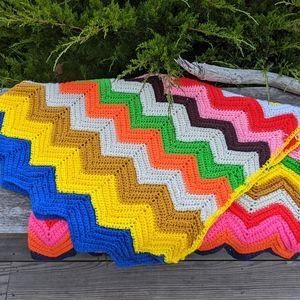 Vintage Rainbow Chevron Zigzag Crochet Afghan